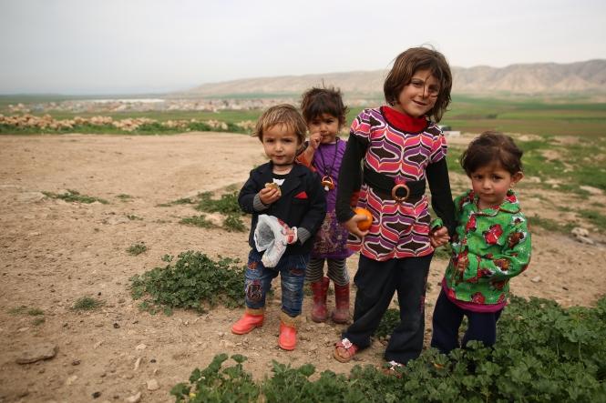 Childrens 3 in Duhok, Irak (Sharia Refugee Camp)Daniel Ibáñez_ 28_03_2015